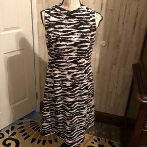 Nine West sleeveless animal print midi dress 8